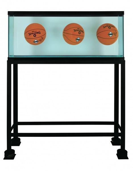 Three Ball Total Equilibrium Tank Designed with the help of Nobel-Prize-Winning Physicist Richard Feynman